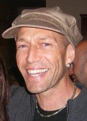 Dr Davey Pinder